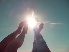 walking by the sun (ritlove) Tags: summer sky sun lens legs flare