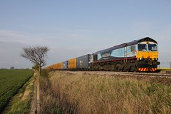 Sunny Malcolm: DRS 66434 - Colton Junction (96tommy) Tags: new old uk england sun station tr