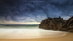 Calm sea in a stormy day (Filipe Oliveira (FAAO)) Tags: sea seascape storm green praia beach portugal water rain rock landscape exposure cloudy castro hitech sampaio longaexposição viladoconde ndfilter graduatednd lightcraftworkshop lightcraftworkshopnd2x256xmkii nd06he
