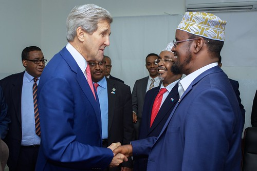 Secretary Kerry Shakes Hands with Interim Juba Administration President Madobe in Somalia