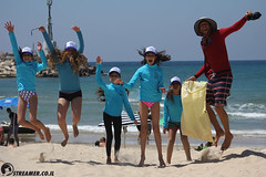 IMG_8818 (Streamer -  ) Tags: ocean sea people green beach nature students ecology up israel movement garbage sunday north group young cleanup clean teen shore bags  nonprofit streamer  initiative enviornment    ashkelon          ashqelon   volonteers      hofit