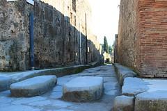 Pompei (Fido_le_muet) Tags: world heritage temple volcano site ruins italia campania unesco ashes villa pompeii napoli naples vesuvius vesuvio paestum italie salerno pompei sites herculaneum ruines volcan cendres oplontis salerne campanie vesuve