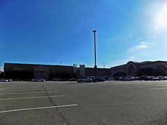 Four Seasons Town Centre of Greensboro, NC (NCMike1981) Tags: fourseasons fourseasonstowncentre belk dillards departmentstore mall shopping shoppingmall shoppingcenter retail store stores greensboro greensboronc nc northcarolina ncshopping