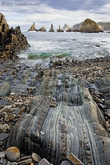 Gueira (Edu.San.) Tags: costa arrecifes islotes acantilados nubes naturaleza paisaje gueirua asturias espaa
