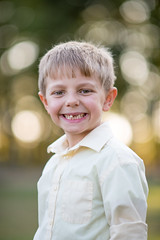 DSC_3749 (CEGPhotography) Tags: portraits family familyportraits fall autumn cegphotography sons father children kids nikon nikond810 nikonphotography d810 outdoor smiles