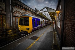 CreweRailStation2016.10.22-34 (Robert Mann MA Photography) Tags: crewerailstation crewestation crewe cheshire station trainstation trainstations train trains railway railways railwaystation railwaystations railstations railstation virgintrains virgintrainspendolino class390 class390pendolino pendolino northern northernrail class323 eastmidlandstrains class153 class350 desiro class350desiro arrivatrainswales class158 towns town towncentre crewetowncentre architecture nightscapes nightscape 2016 autumn saturday 22ndoctober2016 londonmidland