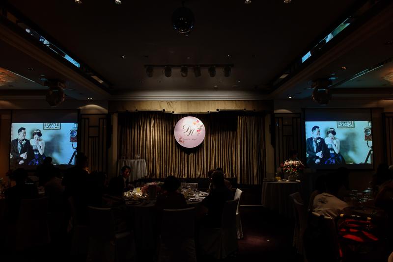國賓婚攝,台北國賓,國賓飯店婚宴,新秘Miko ,婚攝小勇,台北婚攝, 愛瑞思新娘秘書造型團隊,西敏英國手工婚紗,小寶工作室-056