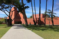 #438 (T Miranda) Tags: casadashistóriaspaularego arquitectura eduardosoutodemoura galeriadearte museu betãoarmado artecontemporânea cascais portugal tiagoalvesmiranda