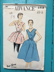 Advance 6918 (kittee) Tags: kittee vintagesewing vintagepattern advance advance6918 6918 size12 bust30 1954 1950s apron wrap wraparound halfcircleskirt pocket nozipper coverall dress wrapdress wouldsell