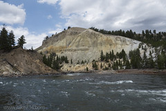 "Yellowstone River • <a style=""font-size:0.8em;"" href=""http://www.flickr.com/photos/63501323@N07/30311747853/"" target=""_blank"">View on Flickr</a>"