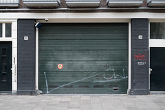 Niet Parkeren (photosam) Tags: amsterdam noordholland netherlands fujifilm xe1 fujifilmx prime raw lightroom xf35mm114r xf35mmf14r parking mundane boring