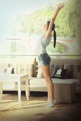 Ila's Stretch (vince_enzo) Tags: stretch jeans denim figura stira coda relax yoga sunny day giorno soleggiato divano vetrata ponte torino kogins minimal canon eos 6d smile gambe