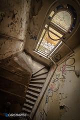 ... und runter (II) (Carismarkus) Tags: abandonedplace berlin brauerei lostplace urbex bärenquell treppe staircase treppenauge