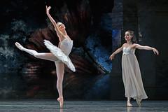 Samara Downs, Arancha Baselga (DanceTabs) Tags: dance ballet brb birminghamroyalballet hippodrome dancing dancers