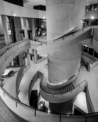 Westin Bonaventure (Chimay Bleue) Tags: westin bonaventure hotel midcentury modern modernism modernist brutalism brutalist john portman los angeles atrium design architecture architect concrete