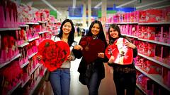 valentine's hearts. (wesleysouzas) Tags: supermarket gifts hearth valentinesday supermercado diadosnamorados coraao