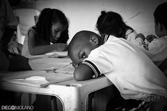 El niño que no estudia (DiegoMolano) Tags: school bw blancoynegro look kids eyes nikon colegio escuela mirada bnw ltytrx5 ltytr2 ltytr1 d3100 diegomolano ltytrunanimidad