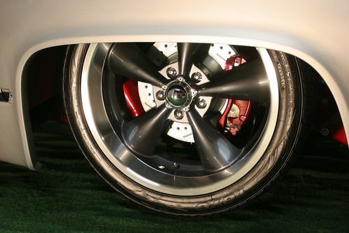 """Showwheels Wheels Gray Centres • <a style=""""font-size:0.8em;"""" href=""""http://www.flickr.com/photos/96495211@N02/8897756997/"""" target=""""_blank"""">View on Flickr</a>"""