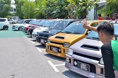 Merdeka Auto Carnival 2013 (Fiza Firdauz) Tags: auto carnival fish classic smiling gm sarawak malaysia modified civiccentre mira l200 sfc moderno kuching merdeka moke daihatsu sette passo l5 kancil 2013 crewz l2s l512 mac2013 merdekaautocarnival2013