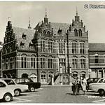 """Gemeentehuis Grote Markt <a style=""""margin-left:10px; font-size:0.8em;"""" href=""""http://www.flickr.com/photos/99860362@N04/10055605075/"""" target=""""_blank"""">@flickr</a>"""