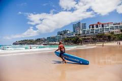 Sydney (Victoriano) Tags: sea summer beach sport sand holidays surf australia surfing tabla oceania