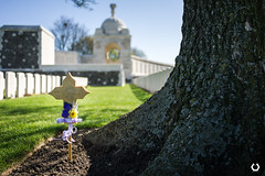 Tyne Cot Cemetery and Memorial (thomascaryn.com) Tags: cemetery memorial belgique commonwealth voyages cimetière tynecot artec zonnebeke