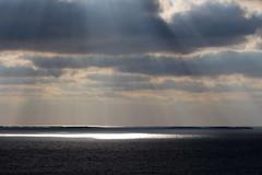 the sun's rays (irio.jyske) Tags: suns rays see mnice sun clouds oktober cvanon sigma