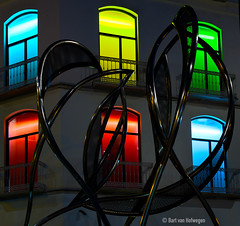 Plaza del Siglo (Bart van Hofwegen) Tags: art sculpture windows colors silhouete silhouette dark night street architecture modernarchitecture steel tubes pipes mlaga malaga spain square plazadelsiglo plaza arte outdoor