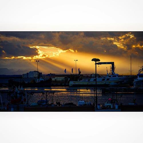 Bon vespre i fins aviat!!   #aroses #altemporda #siKimeru #photo_collection #visitroses #joncarmar #igers #igerscat #ig_europe #igersroses #imatgescat #InCostaBrava #IG_CATALONIA #igerscatalunya #clikcat #catalunyaenfotos #colorscostabrava #catalunyaexper