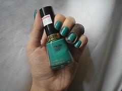Trendy (Revlon) (Daniela nailwear) Tags: trendy revlon verde cremoso esmaltes esmalteimportado mãofeita