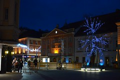 1. advent anno 2016 (anuwintschalek) Tags: nikond7000 d7k 18140vr austria niederösterreich wienerneustadt advent talv winter november 2016 1advent christmaslights jõulutuled tulukesed rathaus hauptplatz