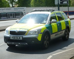 East Midlands Ambuance Service Skoda Octavia Rapid Response Vehicle FD11 OLM (NottsEmergency) Tags: park nottingham rescue car nhs drugs vehicle emergency medic paramedic emt siren beeston nottinghamshire emas battenburg skoda octavia response 999 sirens bluelights notts eastmidlands responder emergencyservices emergencymedicaltechnician responding nationalhealthservice skodaoctavia highfields medicalservices neenaw eastmidlandsambulanceservice paramedicvehicle