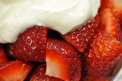 365/DAY 142 - Strawberries & Cream (Lon Fong Photography-trying to catch up!) Tags: red food photo berry day berries cream strawberries pic daily 365 sliced challenge 142 diced day142dsc0780