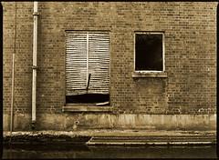 01693 (Hr. Thomas) Tags: city england urban bw 120 film analog darkroom print manchester 645 iron delta stadt gb sw 100 analogue ilford toner schwefel vario mt3 baryt strase sulphide mt7 blautoner eisenblau schefeltoner
