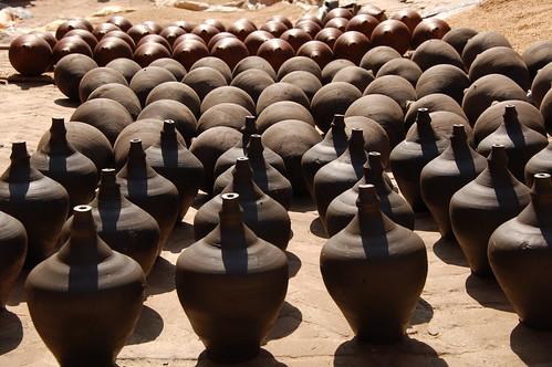 "d13 Bhaktapur, PAtan (34) <a style=""margin-left:10px; font-size:0.8em;"" href=""http://www.flickr.com/photos/125852101@N02/17251514974/"" target=""_blank"">@flickr</a>"