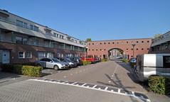 2011 Eindhoven 04108 (porochelt) Tags: nederland eindhoven noordbrabant gestel hofvaneden 711schrijversbuurtw schrijversbuurt