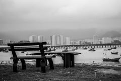 ausencia (Cmura) Tags: paisajesurbanos puerto blanco negro white black canon blackandwhite blancoynegro vacio soledad guayacan campusguayacan universidadcatolicadelnorte ucn coquimbo ausencia