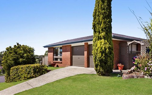 1 Logan Close, Macquarie Hills NSW 2285