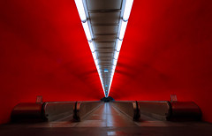 Auber (David Khutsishvili) Tags: davitkhutsishvili dkhphoto paris france metro subway sncf ratp underground architecture urban red lines leading nikon d5100 1855mm train transport station empty passage gare rer a direction