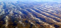 ber den Wolken... (langkawi) Tags: aerial us flyover states fields clouds freedom unlimited schatten shadows wolken luftbild