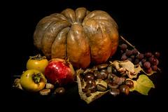 Varagnolo Mauro-3 (varagnolomauro) Tags: frutta fruit arance zucca castagne natura morta ananas kiwi noir melone fragole lemon limone fuji fujifilm melograno