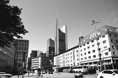 FFM (ericgrhs) Tags: wolkenkratzer hochhaus frankfurt ffm urban frankfurtammain hessen street streetscene