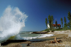 Pt. Betsie Lighthouse ... II (Ken Scott) Tags: summer usa classic beach michigan wave lakemichigan greatlakes kodachrome splash 1986 freshwater benziecounty ptbetsielighthouse slidefilmdays