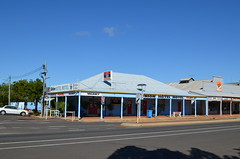 The Union Hotel (rob3802) Tags: queensland pubs unionhotel barcaldine