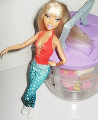 My Scene Glamjiy- I can be relaxed (diva3tina) Tags: love fashion lady barbie scene royalty gaga glamjiy