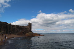 ST ANDREWS BAY (M7CCF STYLE! 2014) Tags: blue sea sky water st rock stone clouds canon eos scotland sand ruins andrews fife 650d
