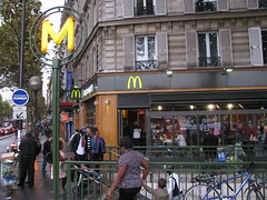 PARIS 2013 pic134 (streamer020nl) Tags: paris france mac frankreich metro philips mcdonalds m frankrijk mcd parijs 051013 2013 5oct2013
