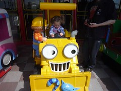 Evie on Bob the builder ride (Ambernectar 13) Tags: morning video may years monday essex southend builder southendonsea 2014 motionpictureevelynproject flickrchild2 oldeviemotion picturebob