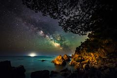 Milky Way @ Esculls de Canyet II (modesrodriguez) Tags: sea seascape night spain mediterranean space catalunya universe milkyway