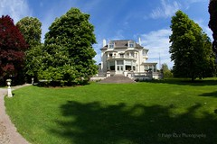 Aunt Mariah's Road (Paige Rice) Tags: toronto canon spadinamuseum dot15 19201930style historichousegarden doorsopen2015